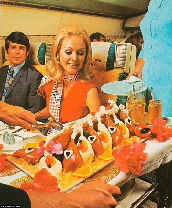 Az aranykortól a műkajákig - a repülős ételek története - Dining Guide