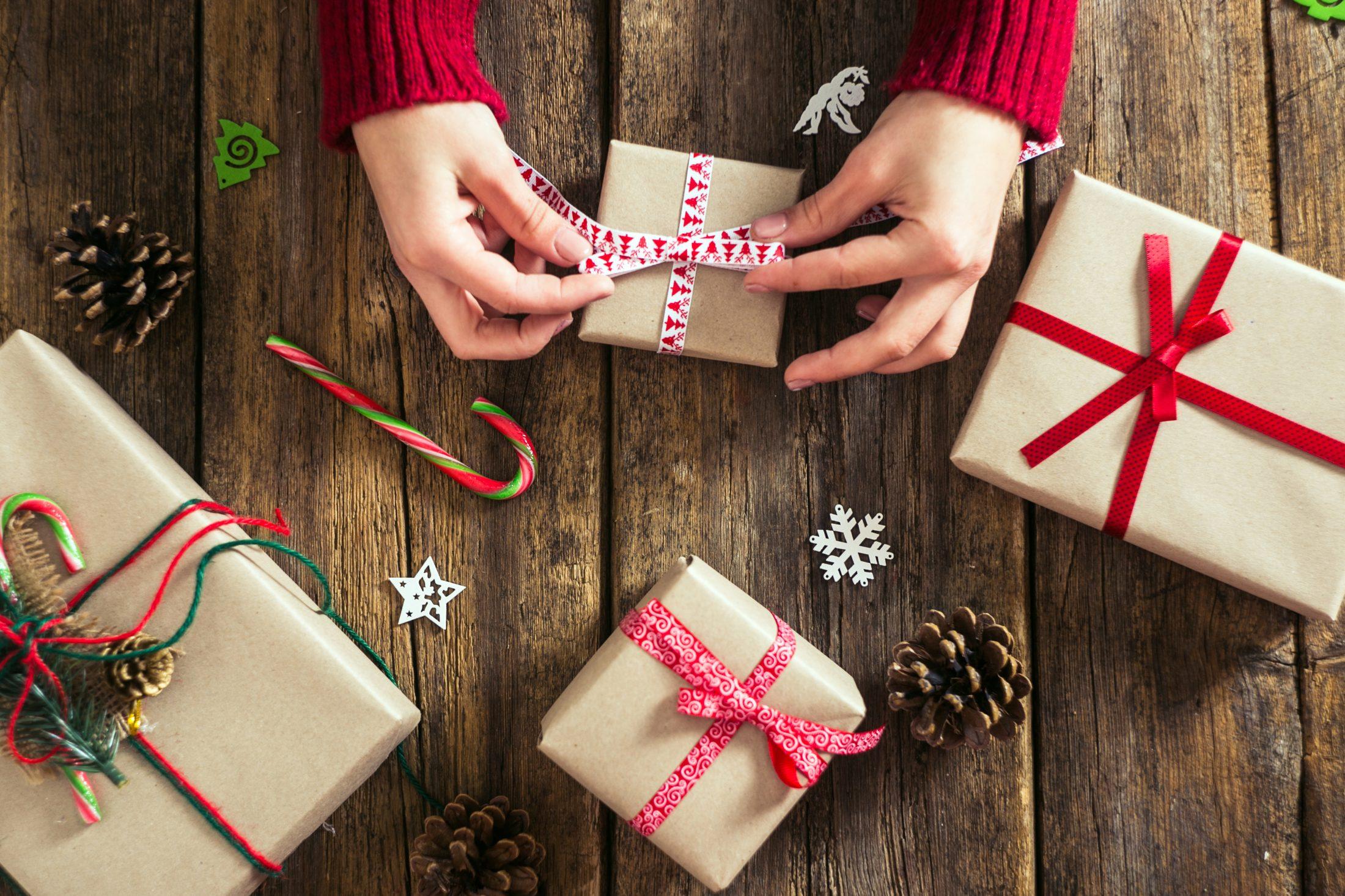 ajándék tudni