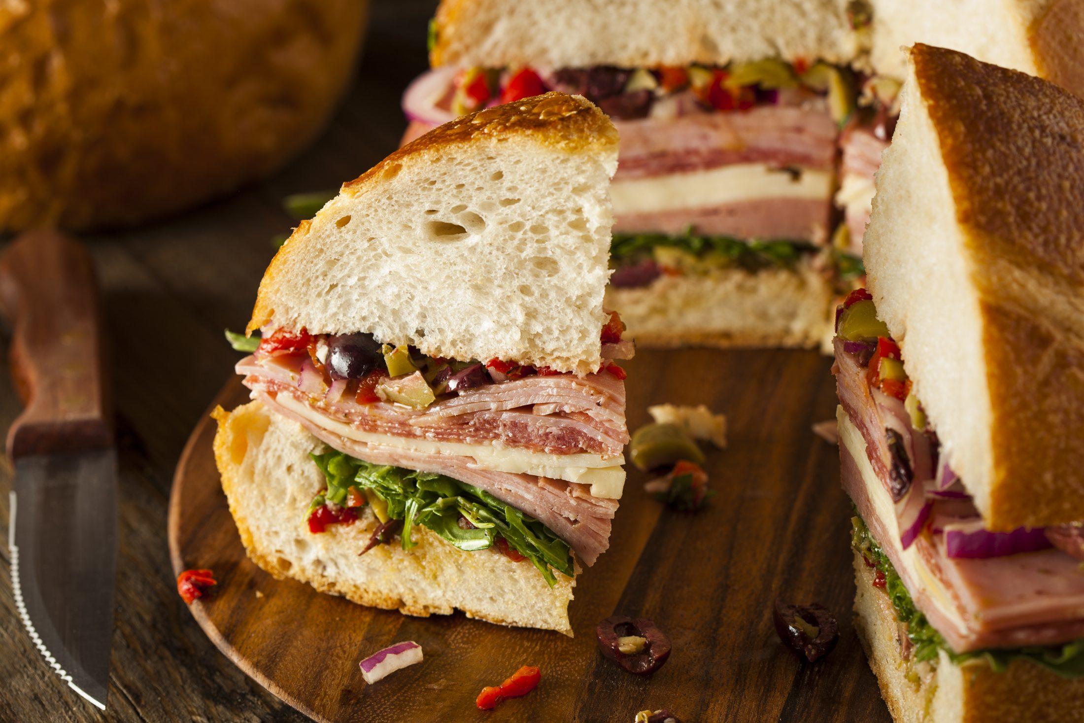 """Az """"olasz"""" szendvics, ami segítette felépíteni a modern Amerikát: Gianni a muffulettáról mesél"""